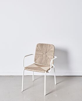 Chester dining chair with arms