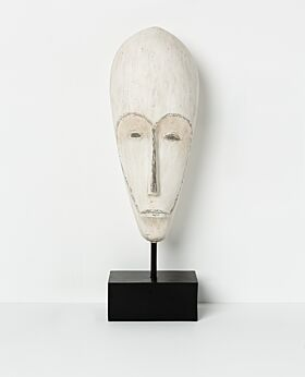Kaguru mask standing - lge