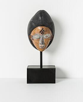 Kaguru mask - standing small