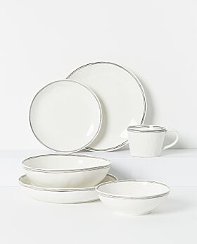 Kaspian dinnerware