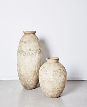 Khamis aged urn