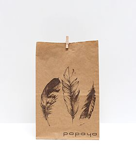 Meadow Easter gift bag - feathers