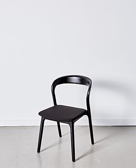 Raglan dining chair - black