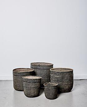 Sondu iringa black basket